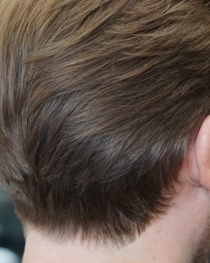 Un corte de cabello sin cortes atras