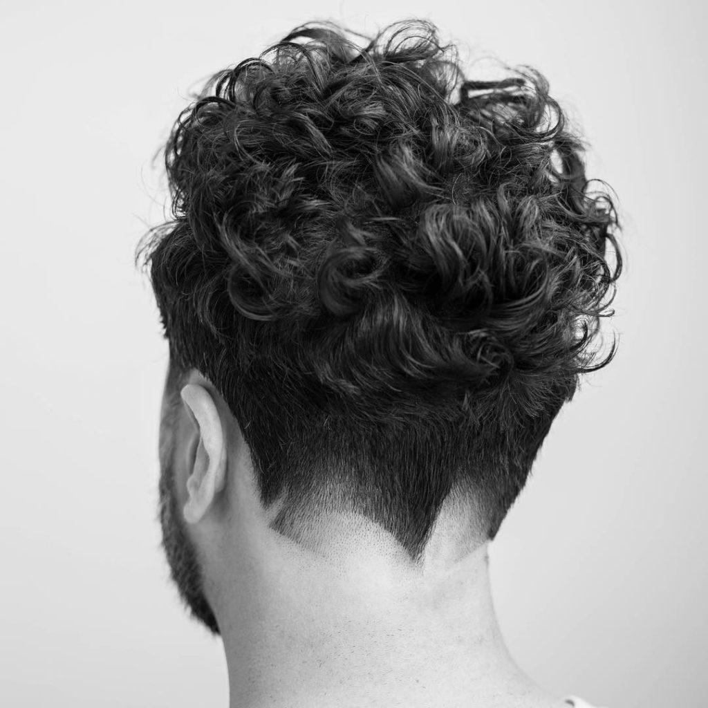 corte con estilo en el cuello