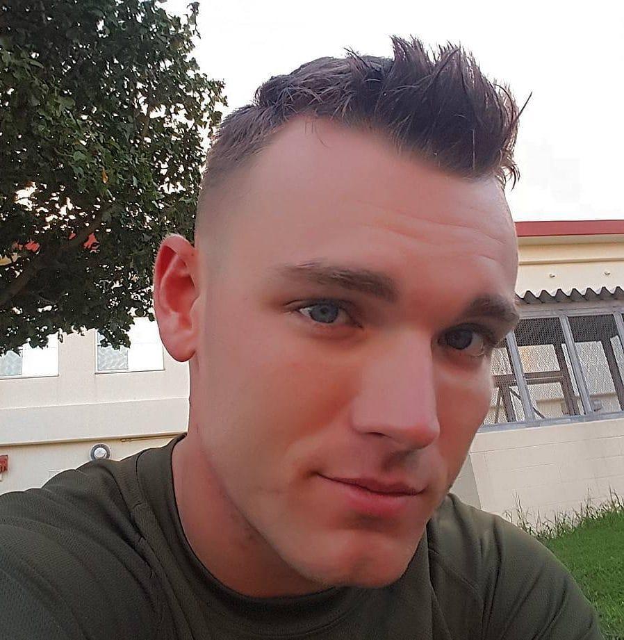 Corte de pelo de soldado con fade