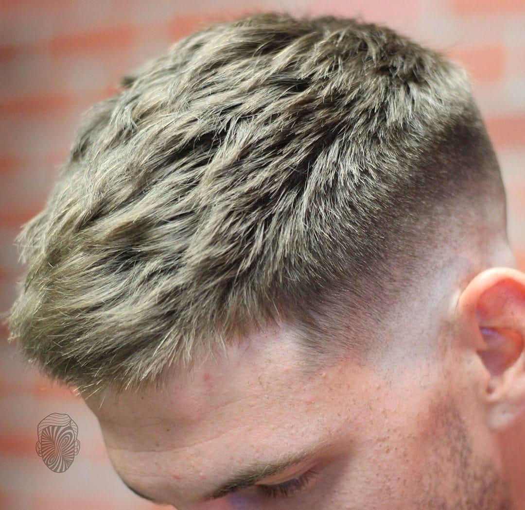 Corte de pelo rebajado hombre