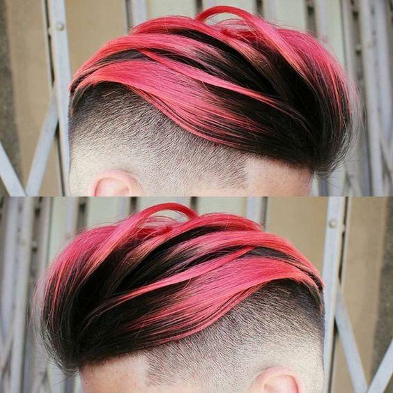 Cabello rojo en el pelo hombre