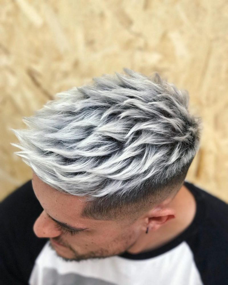 Color blanco cabello hombre