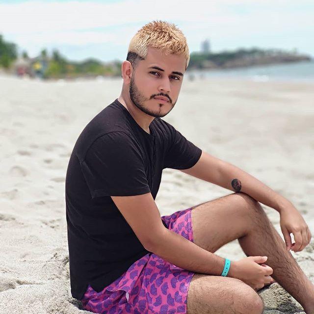Color rubio en cabello de hombre