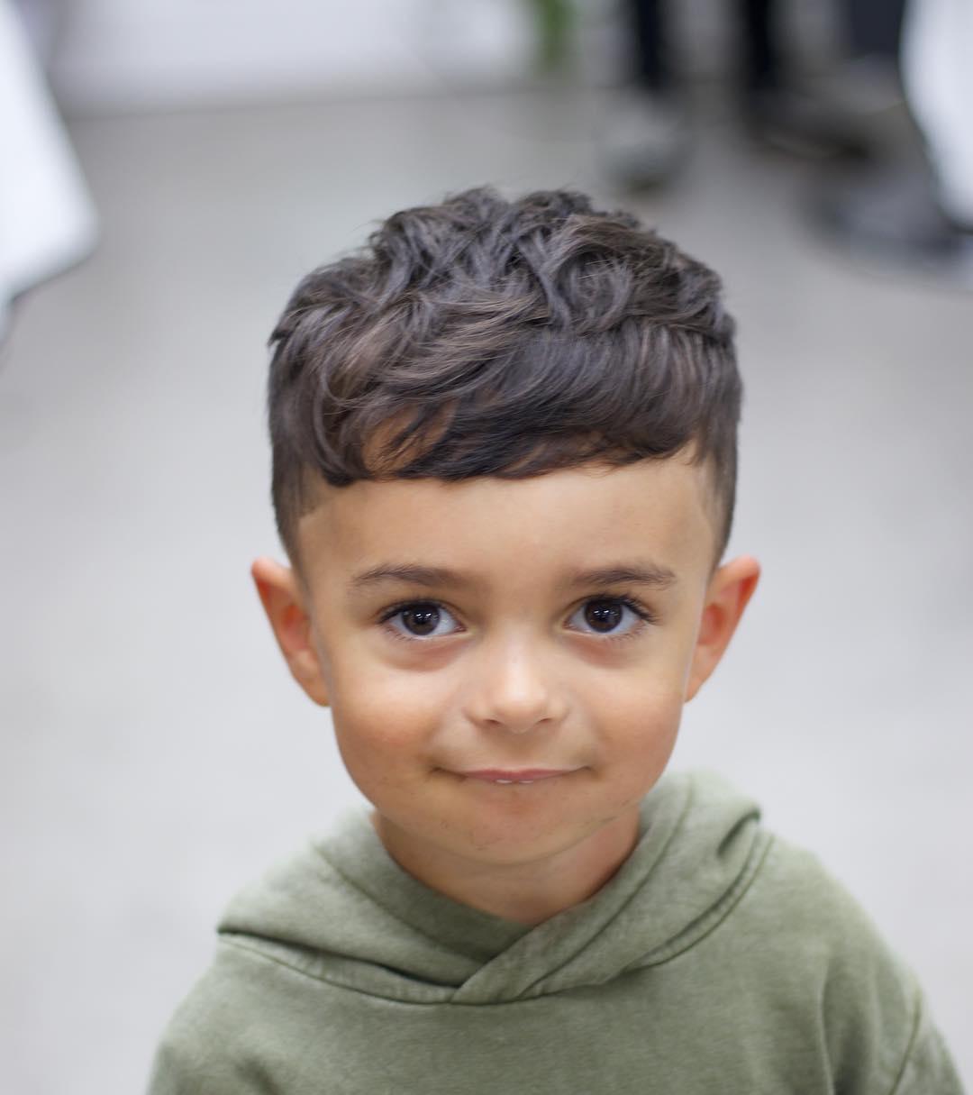 corte de pelo corto para niño