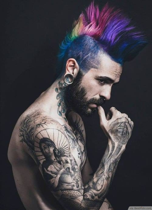Corte punk cresta con colores