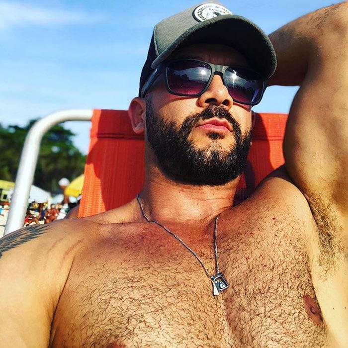 barba-corta--bien-tupida