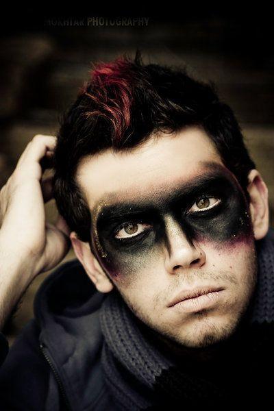Imagen de makeup en hombre para Halloween