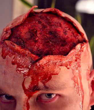 Maquillaje para Halloween Hombre con la Cabeza Rota