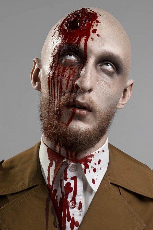Maquillaje y disfraz de Halloween en Hombre