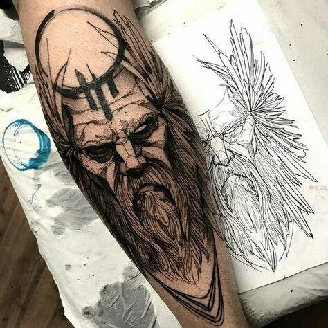 Tatuaje Griego en el antebrazo