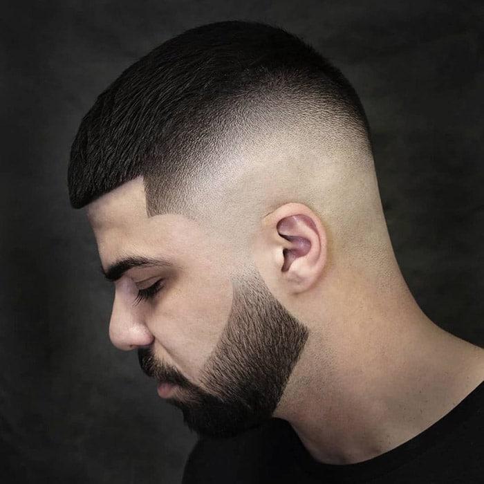 Corte con degradado con barba bien marcada abbas_ahmadifard