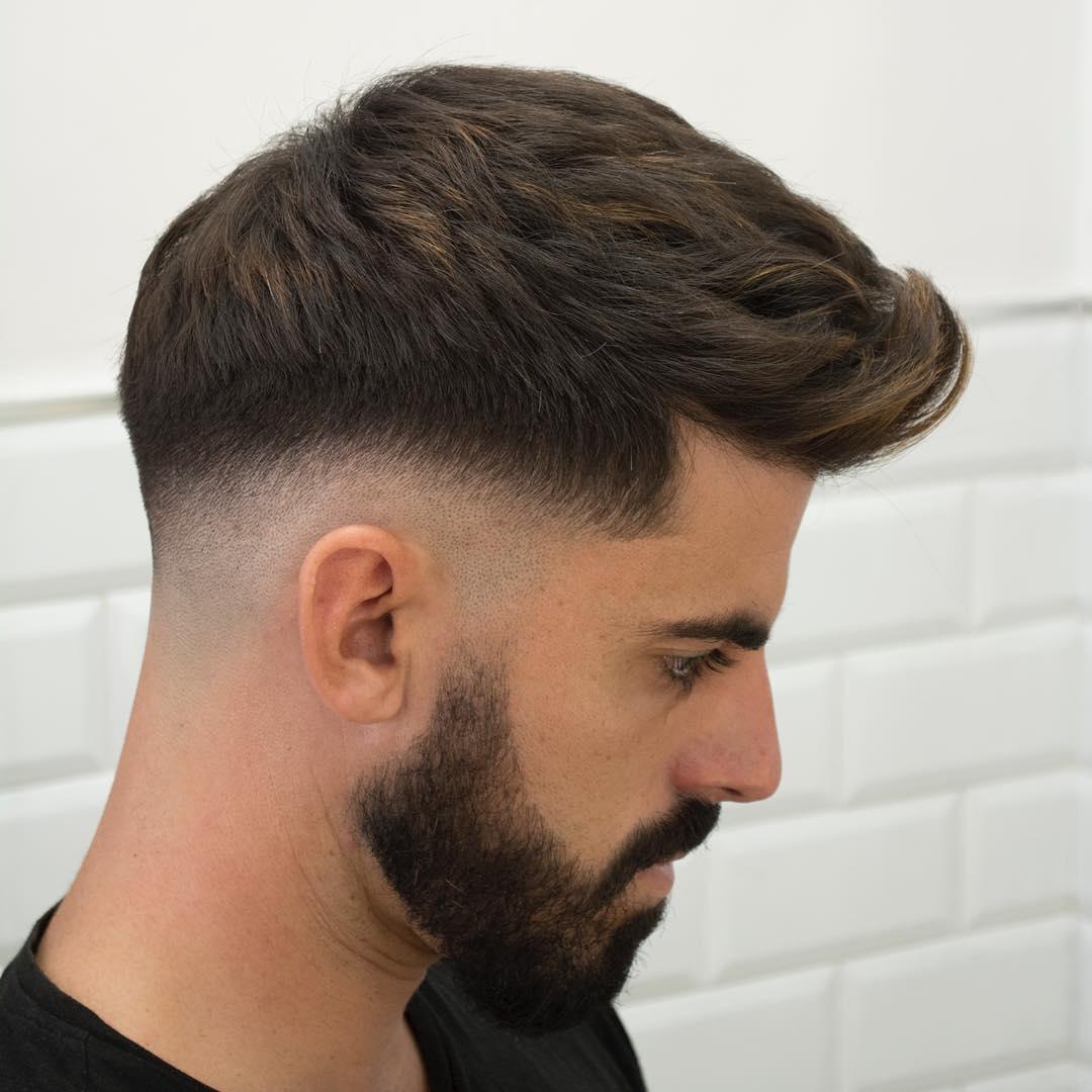 Corte de pelo con barba y degradado