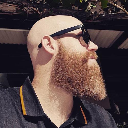 barba de leñador en hombre Calvo