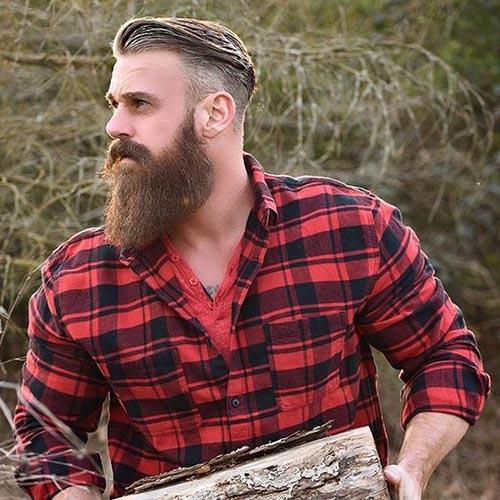 barba de leñador peinado hacia atras
